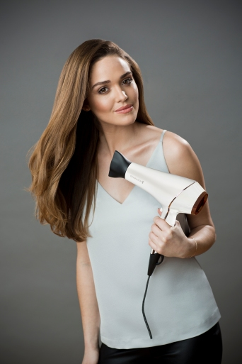 blow-dry-dryer-in-use.jpg.jpeg